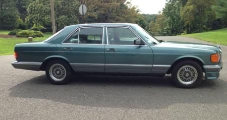 1983 Mercedes 380SE right side