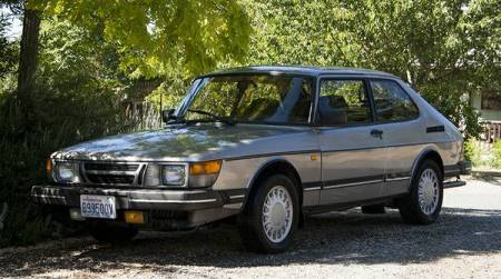 1986 Saab 900 turbo left front