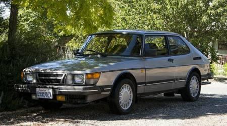1986 Saab 900 turbo left front