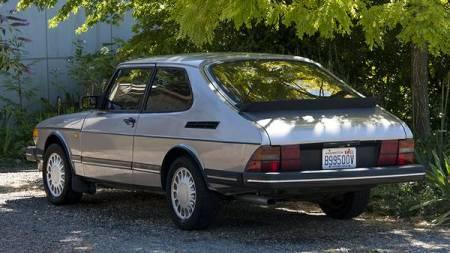 1986 Saab 900 turbo left rear