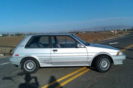 1987 Toyota Corolla FX16 GTS silver right