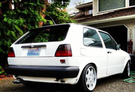 1987 Volkswagen Golf GTI right rear