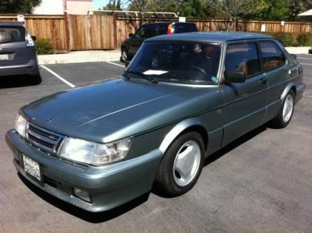 1988 Saab 900 turbo left front