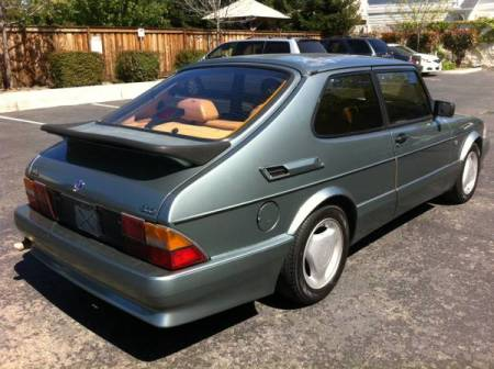 1988 Saab 900 turbo right rear