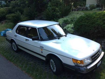 1989 Saab 900 turbo notch right front