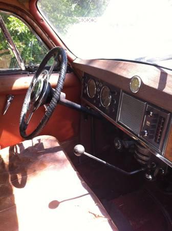 1956 Rover P4 75 interior