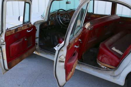 1961 Humber Super Snipe for sale interior