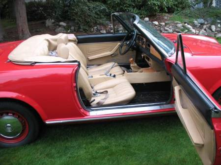 1967 Fiat Spider interior for sale