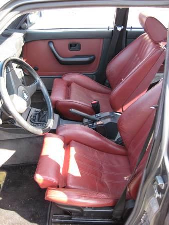 1986 BMW 535i interior