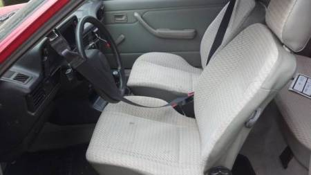 1992 Pontiac LeMans interior