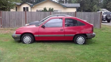 1992 Pontiac LeMans left side