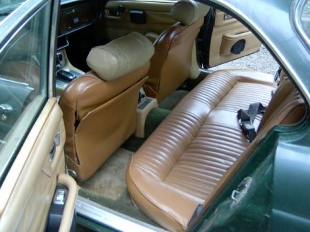 1973 Jaguar XJ6 rear interior