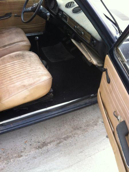 1977 Fiat 128 Familiare wagon interior