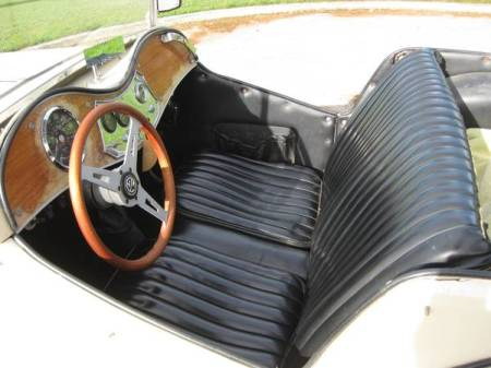 1961 MG TC replica interior