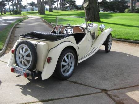 1961 MG TC replica right rear