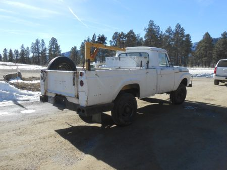 1964 Ford F250 4x4 right rear