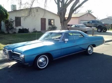 1968 Pontiac Bonneville hardtop left front