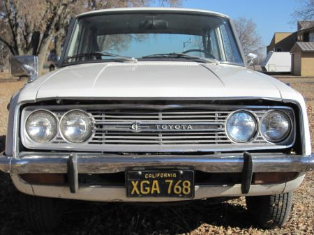 1968 Toyota Corona front