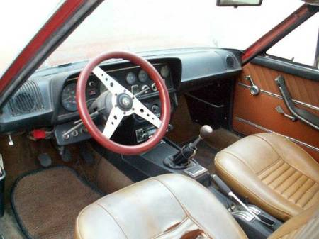 1972 Fiat 124 Coupe interior