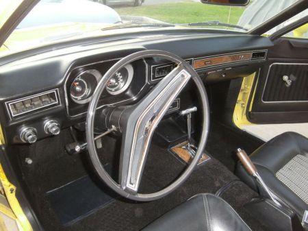 1973 Ford Pinto wagon interior