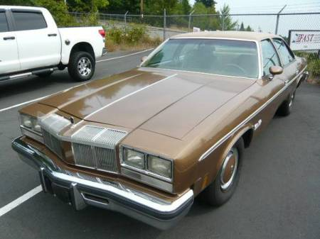 1976 Oldsmobile Cutlass left front