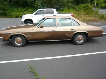 1976 Oldsmobile Cutlass left side