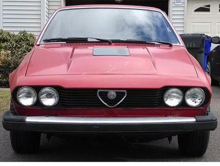 1979 Alfa Romeo Alfetta GT V6 front