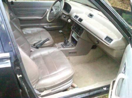 1984 Peugeot 505 diesel interior