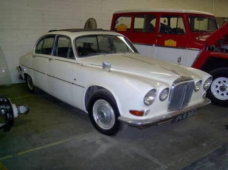 1967 Daimler Sovereign right front