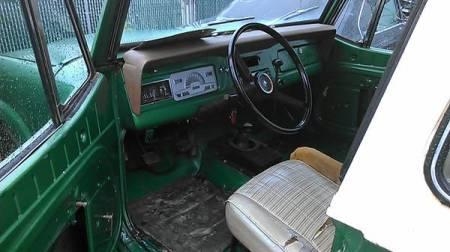 1973 Jeep Commando interior
