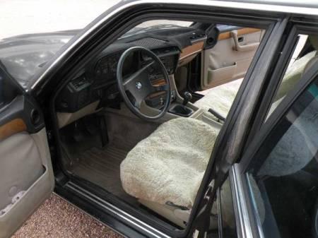 1983 BMW 733i 5 speed interior