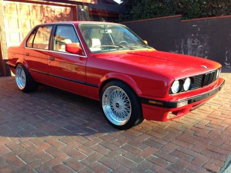 1991 BMW 318i right front