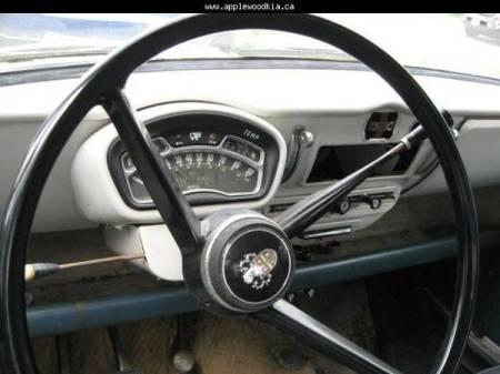 1958 Austin A55 Cambridge interior