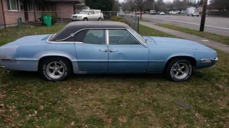 1968 Ford Thunderbird sedan right side