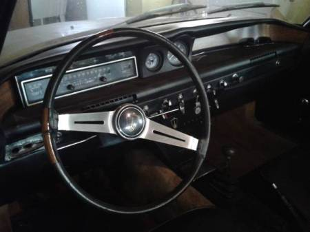 1968 Rover 2000TC interior