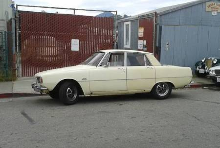 1968 Rover 2000TC left side