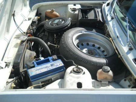 1972 Fiat 128 Berlina engine