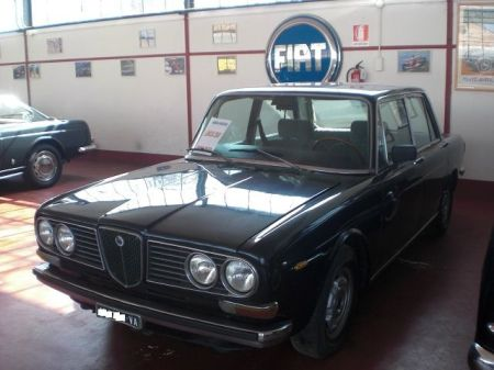 1974 Lancia 2000 Berlina left front