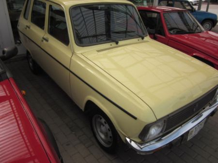 1975 Renault 6 Sinpar AWD right front