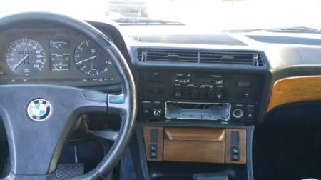1983 BMW 733i interior