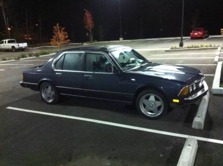 1983 BMW 733i right front