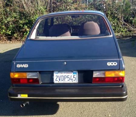 1983 Saab 900 sedan rear