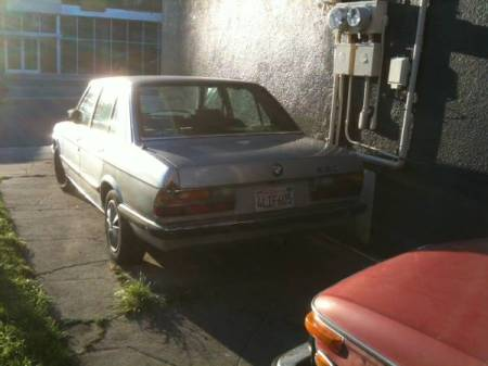 1985 BMW 520i left rear