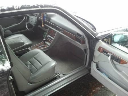 1986 Mercedes 560 SEC interior