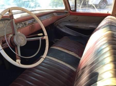 1959 Ford Fairline 500 interior
