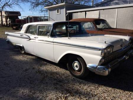 1959 Ford Fairline 500 right front
