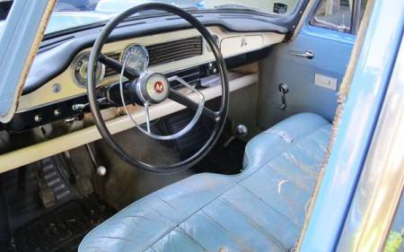 1961 Morris Oxford Series V interior