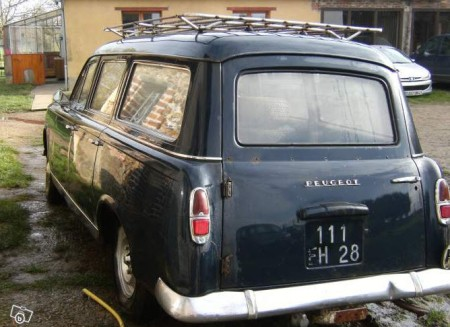 1967 Peugeot 403 wagon left rear