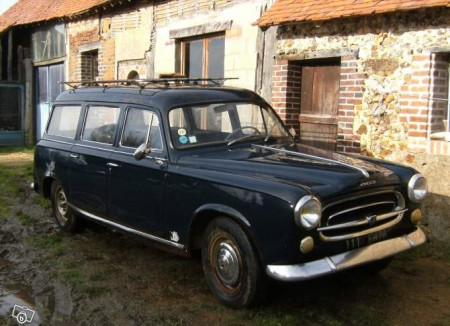 1967 Peugeot 403 wagon right front