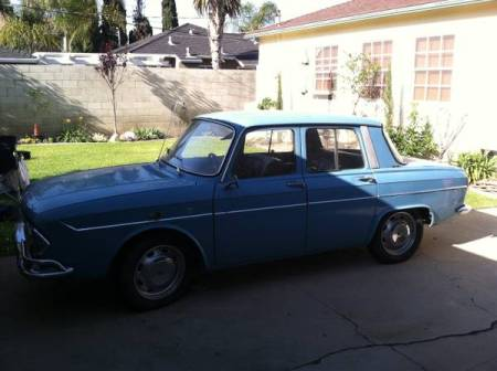 1967 Renault R10 left front